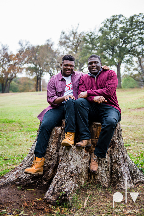 family mini session Oliver nature park mansfield texas children siblings kids couple teens tweens boy girl african american black purple outfits style Sarah Whittaker Photo La Vie-8.JPG