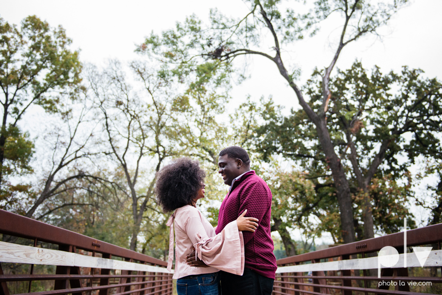 family mini session Oliver nature park mansfield texas children siblings kids couple teens tweens boy girl african american black purple outfits style Sarah Whittaker Photo La Vie-13.JPG