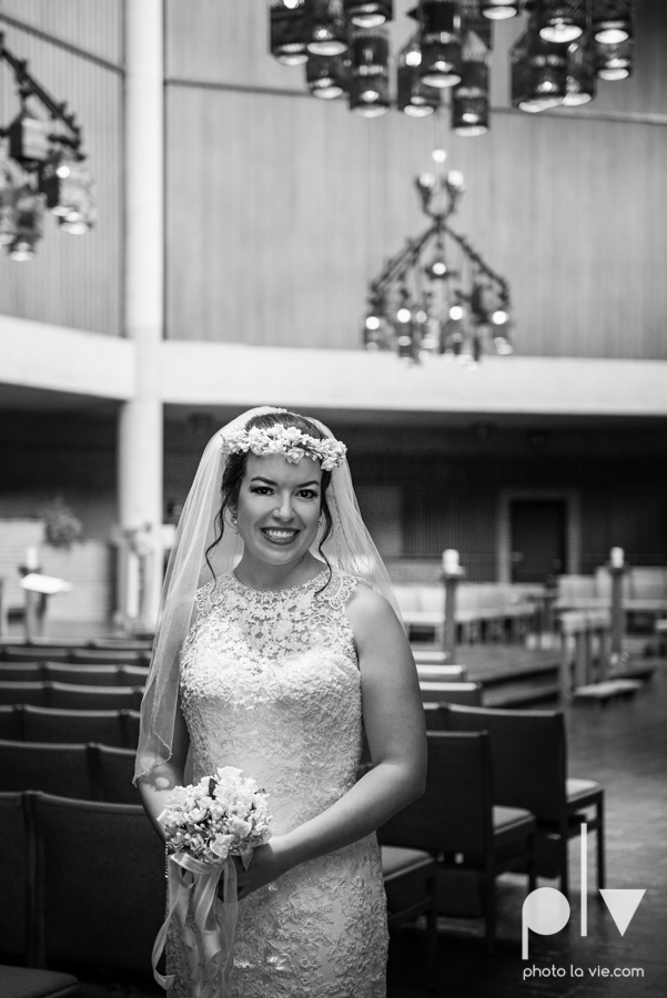 wedding photography dallas texas university of dallas irving las colinas country club mariachi Sarah Whittaker Photo La Vie-13.JPG