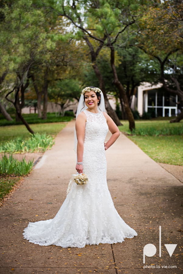 wedding photography dallas texas university of dallas irving las colinas country club mariachi Sarah Whittaker Photo La Vie-15.JPG