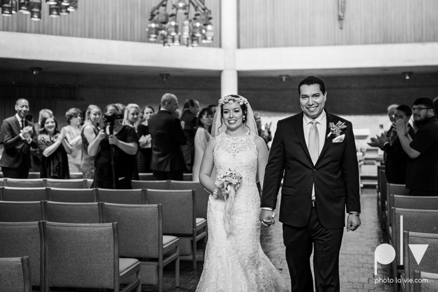 wedding photography dallas texas university of dallas irving las colinas country club mariachi Sarah Whittaker Photo La Vie-26.JPG