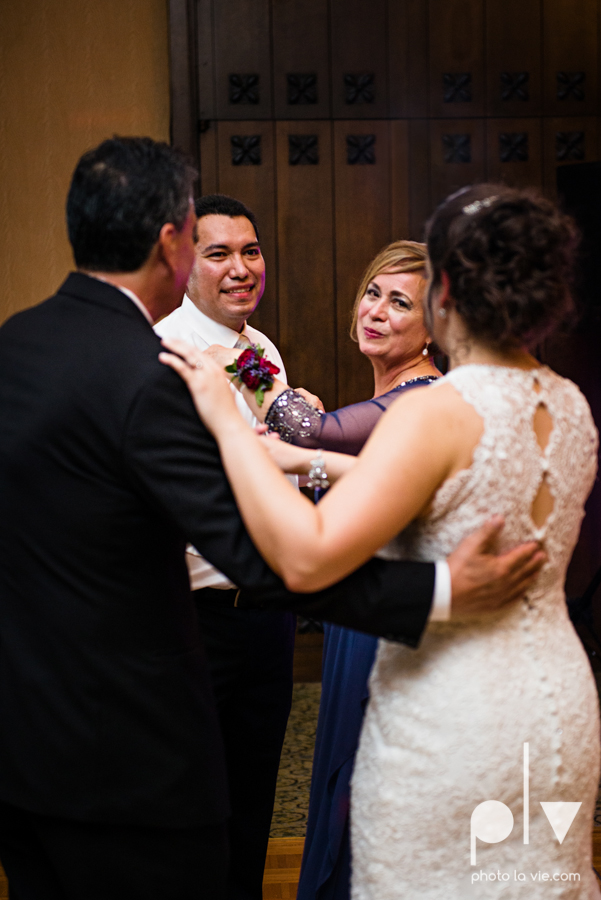 wedding photography dallas texas university of dallas irving las colinas country club mariachi Sarah Whittaker Photo La Vie-51.JPG