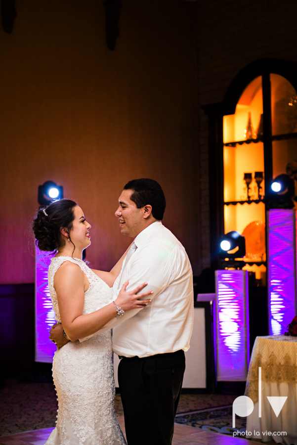 wedding photography dallas texas university of dallas irving las colinas country club mariachi Sarah Whittaker Photo La Vie-53.JPG