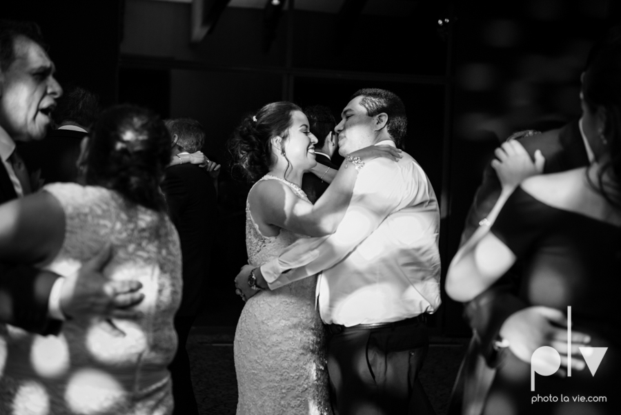 wedding photography dallas texas university of dallas irving las colinas country club mariachi Sarah Whittaker Photo La Vie-54.JPG