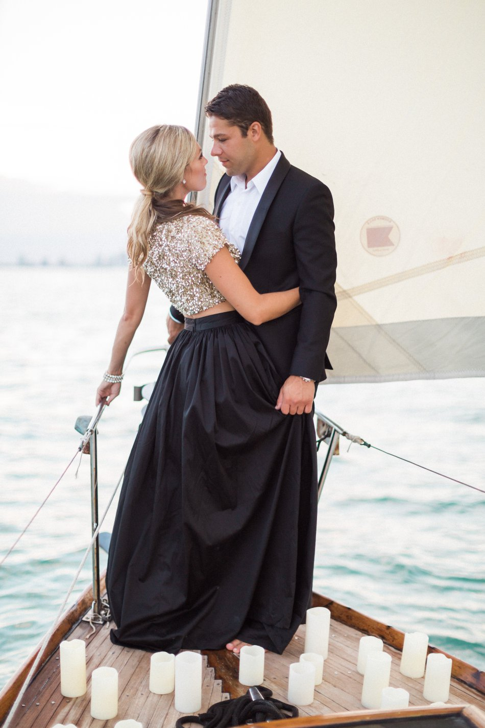 naples-luxury-sailing-engagement-photography-nautical-sailboat-engagement_1096.jpg