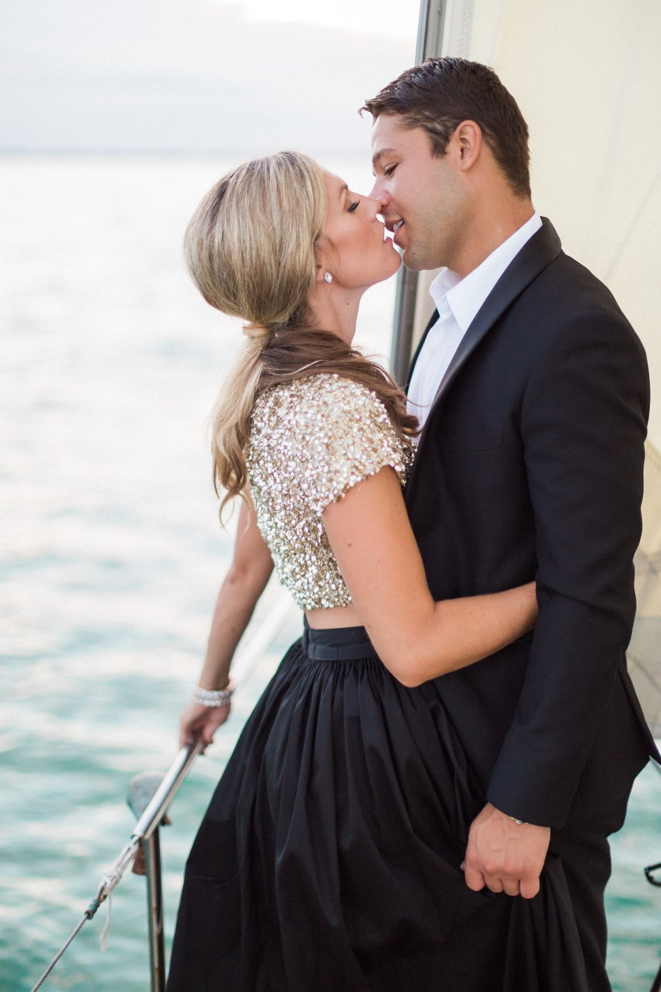 naples-luxury-sailing-engagement-photography-nautical-sailboat-engagement_1098.jpg