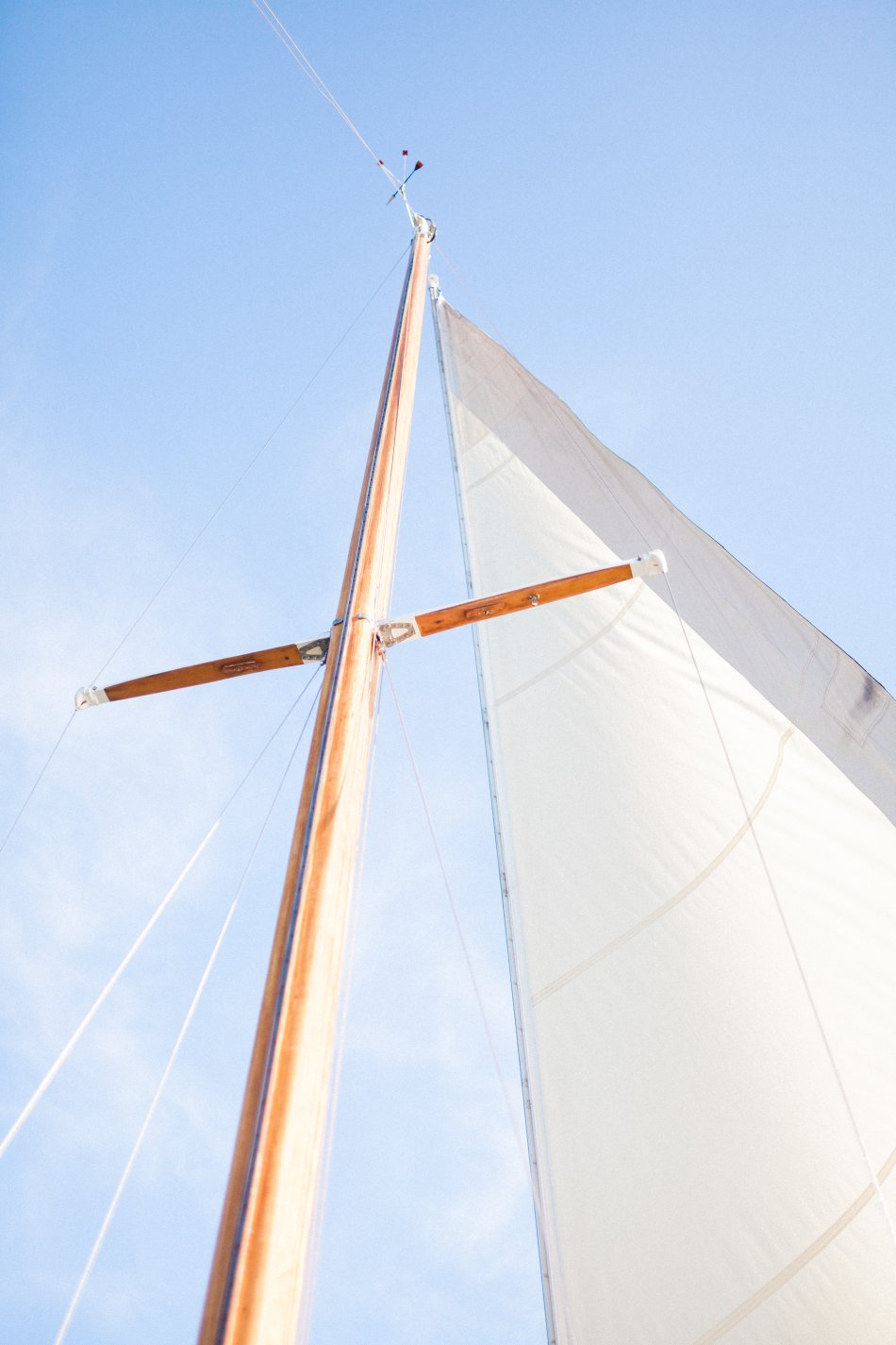 naples-luxury-sailing-engagement-photography-nautical-sailboat-engagement_1044.jpg