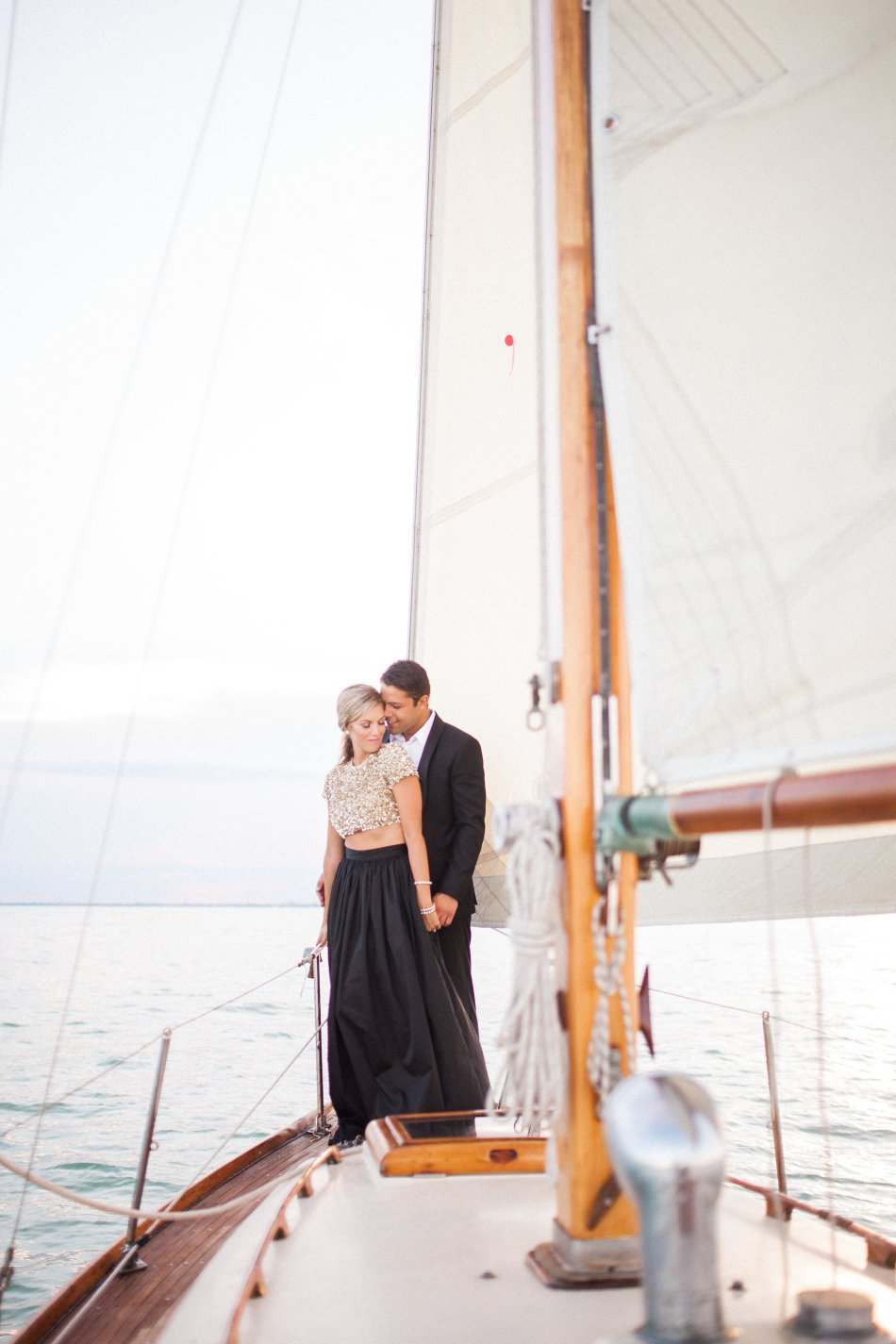 naples-luxury-sailing-engagement-photography-nautical-sailboat-engagement_1052.jpg