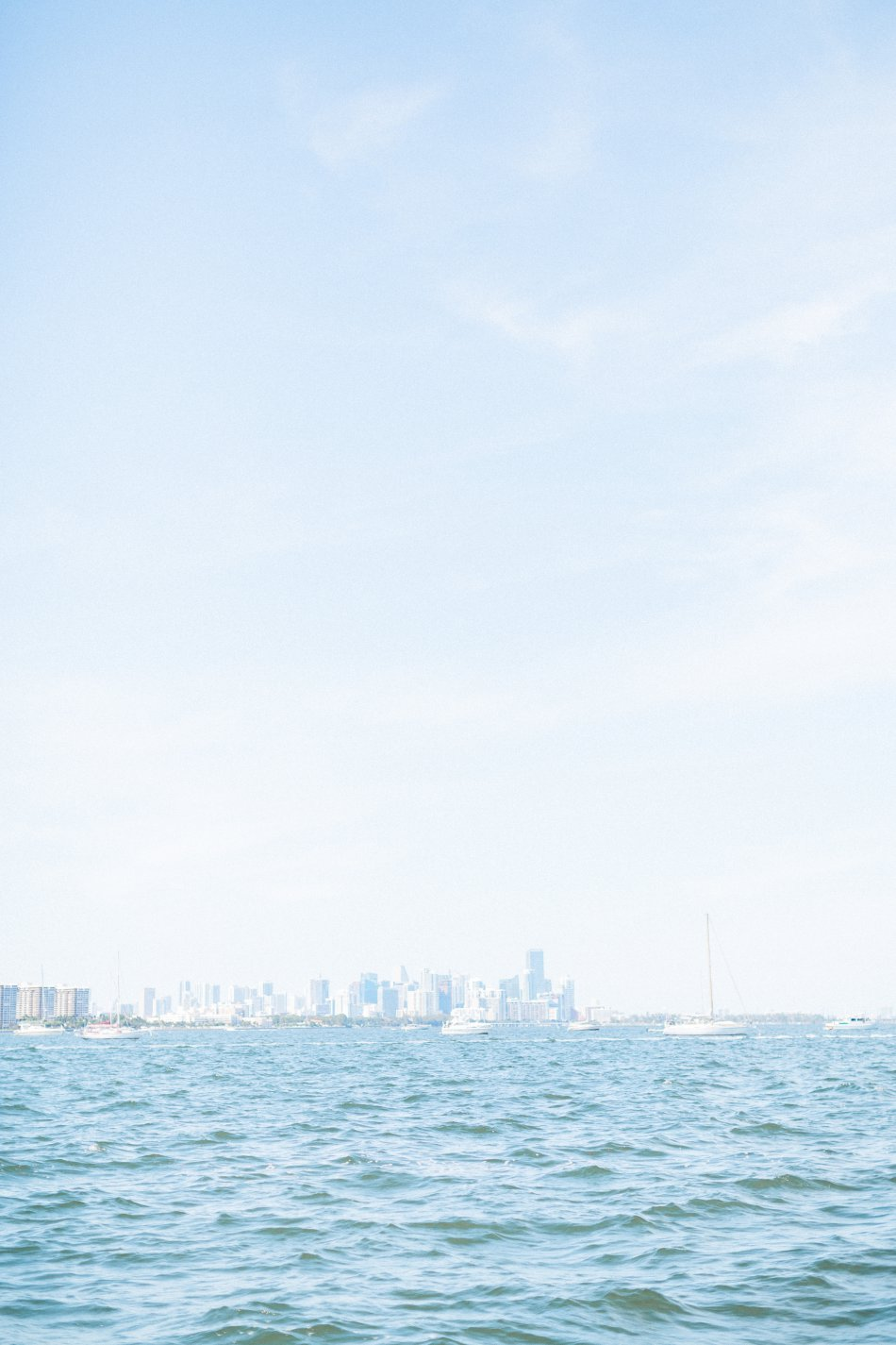 naples-luxury-sailing-engagement-photography-nautical-sailboat-engagement_1057.jpg