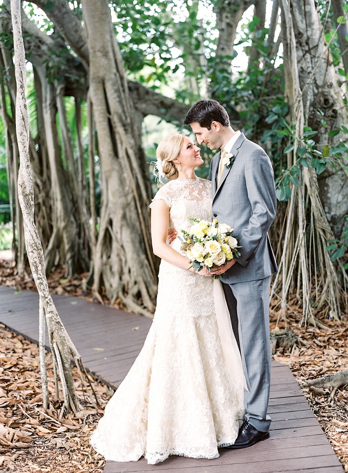 marie-selby-botanical-garden-sarasota-film-wedding-photography-008.jpg