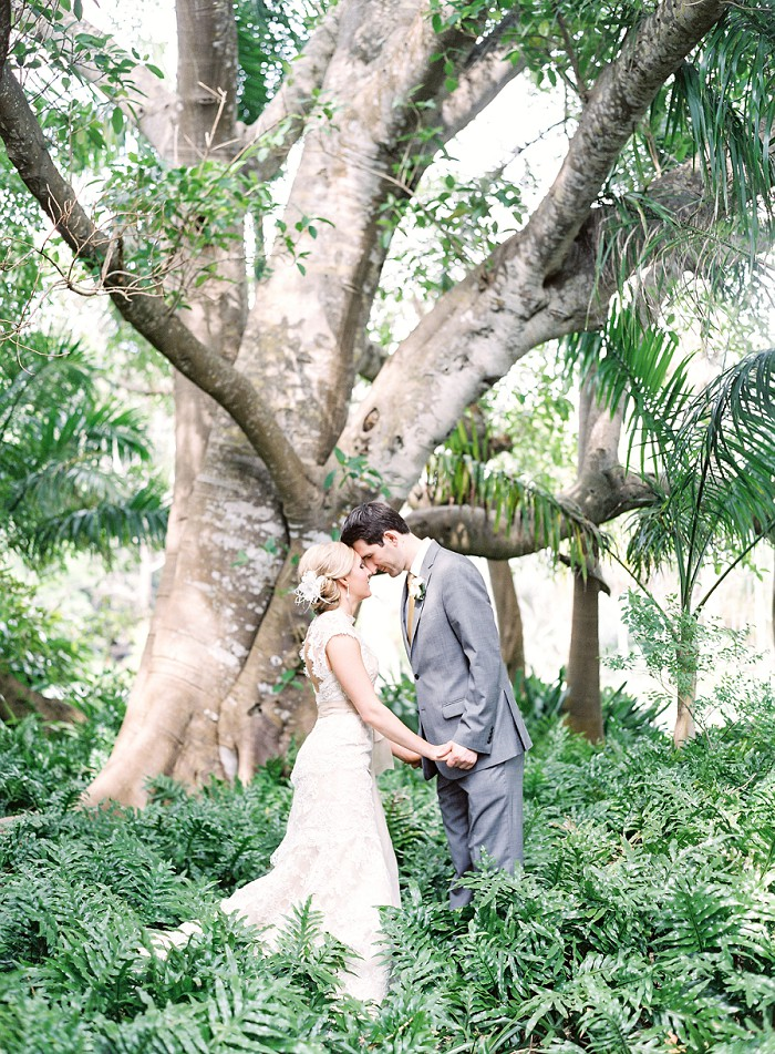 marie-selby-botanical-garden-sarasota-film-wedding-photography-012.jpg