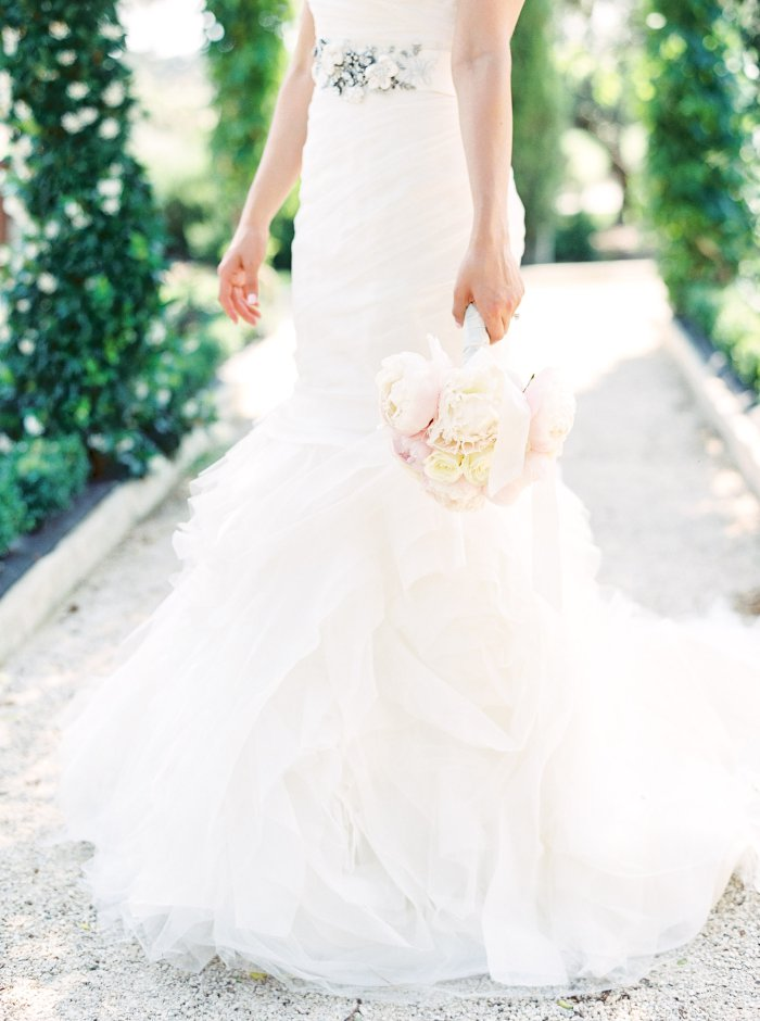 mas-de-la-rose-provence-france-destination-film-wedding-photographer-4570_04.jpg