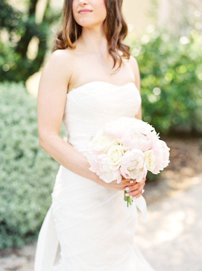 mas-de-la-rose-provence-france-destination-film-wedding-photographer-4573_11.jpg