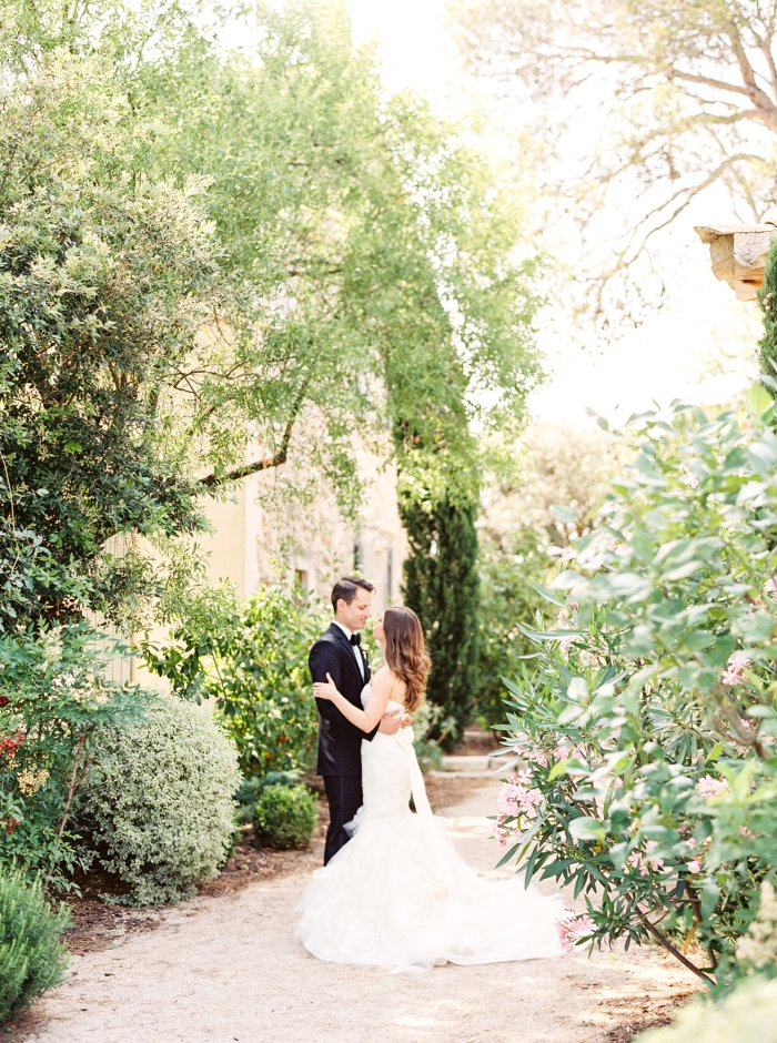 mas-de-la-rose-provence-france-destination-film-wedding-photographer-4573_16.jpg