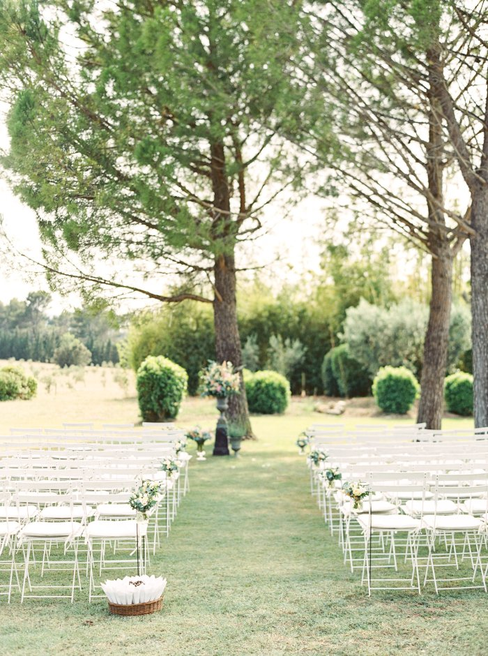 mas-de-la-rose-provence-france-destination-film-wedding-photographer-4576_08.jpg