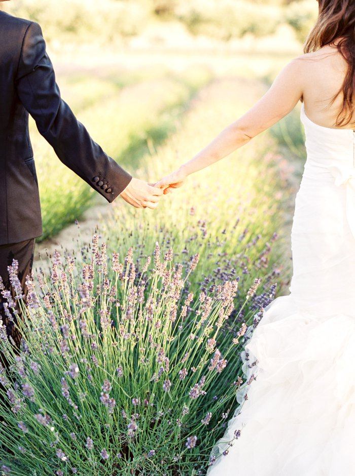 mas-de-la-rose-provence-france-destination-film-wedding-photographer-4603_07.jpg