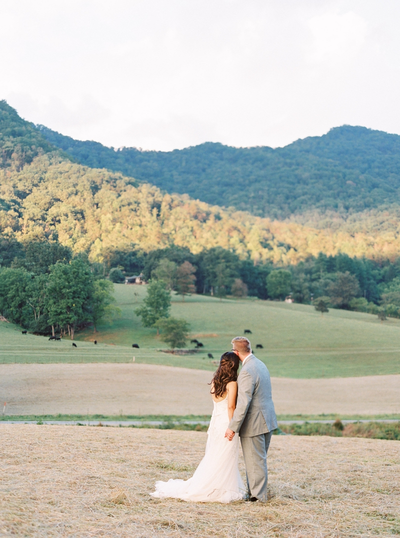 Destination_Film_Wedding_Photographer- Mountain_Weddings_0414.jpg