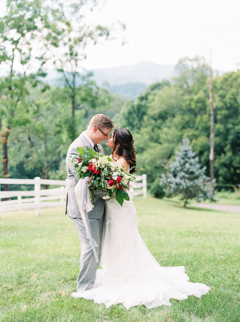 Destination_Film_Wedding_Photographer- Mountain_Weddings_0390.jpg