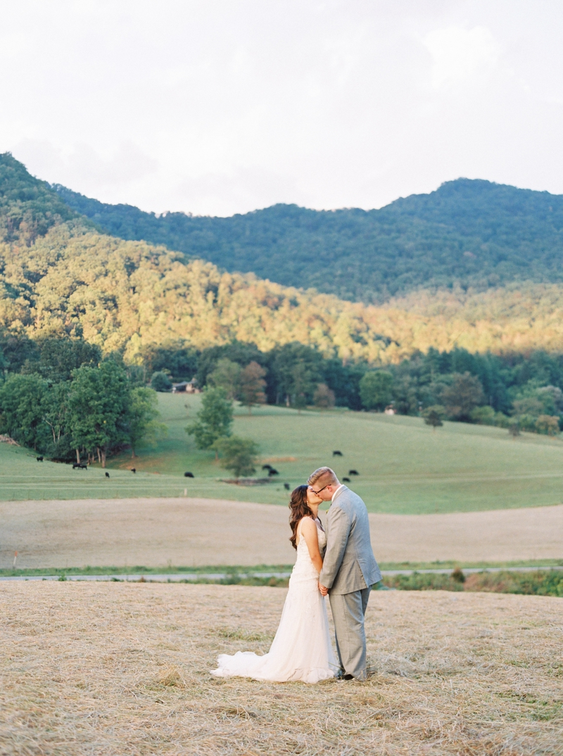 Destination_Film_Wedding_Photographer- Mountain_Weddings_0383.jpg