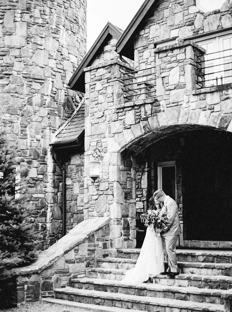 Destination_Film_Wedding_Photographer- Mountain_Weddings_0351.jpg