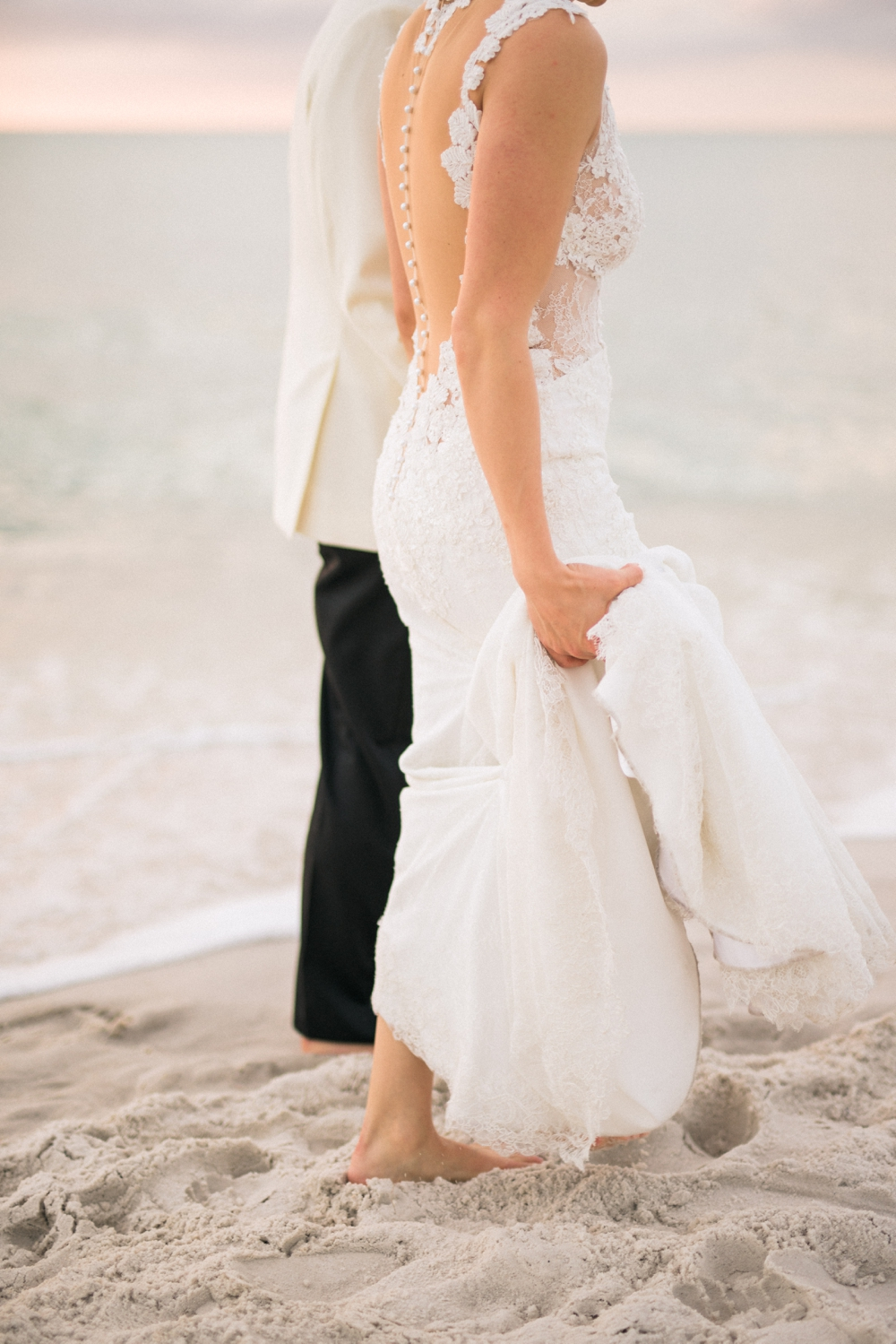 Naples_Wedding_Photograper_ Intimate_Wedding_0941.jpg