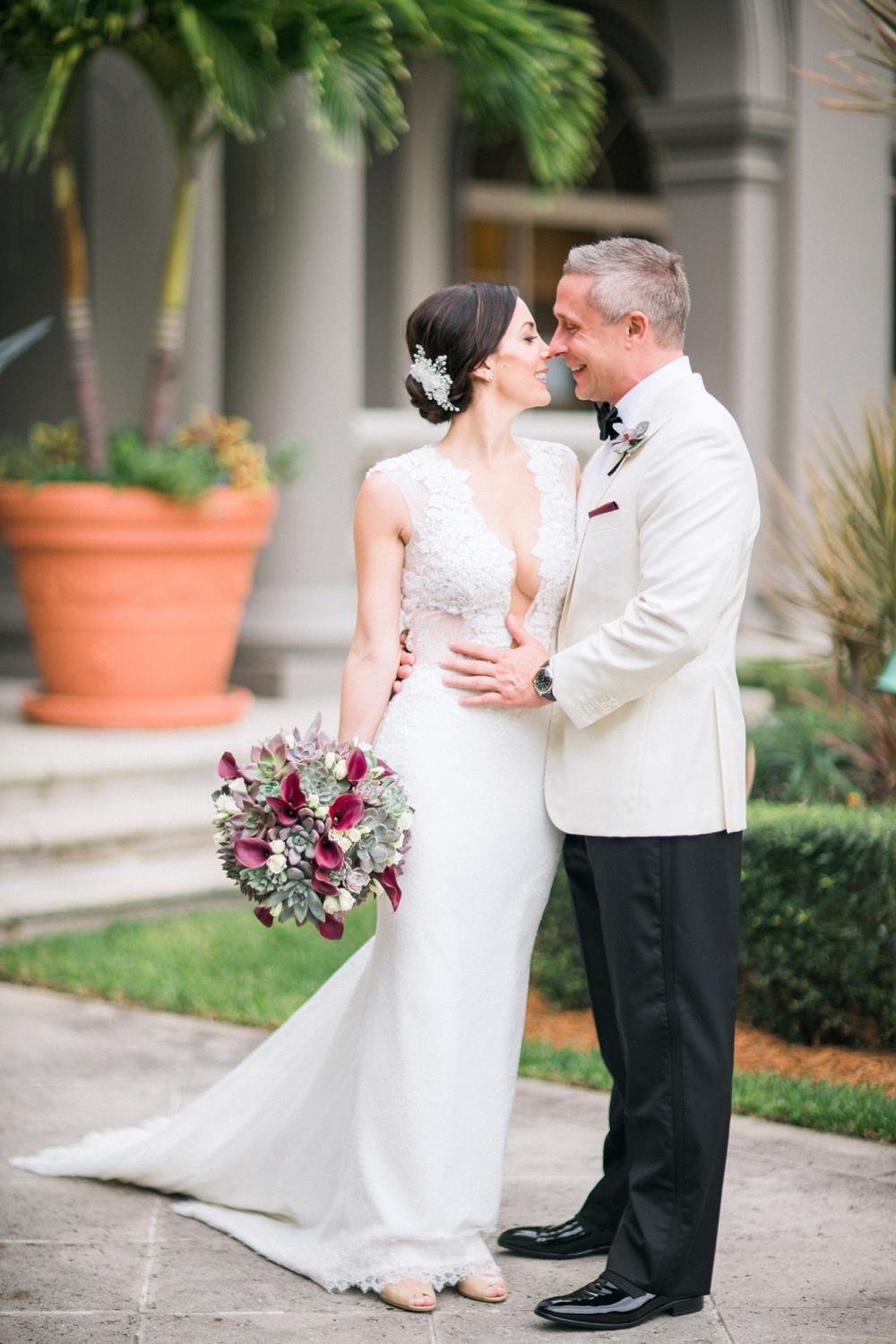 Naples_Wedding_Photograper_ Intimate_Wedding_0915.jpg