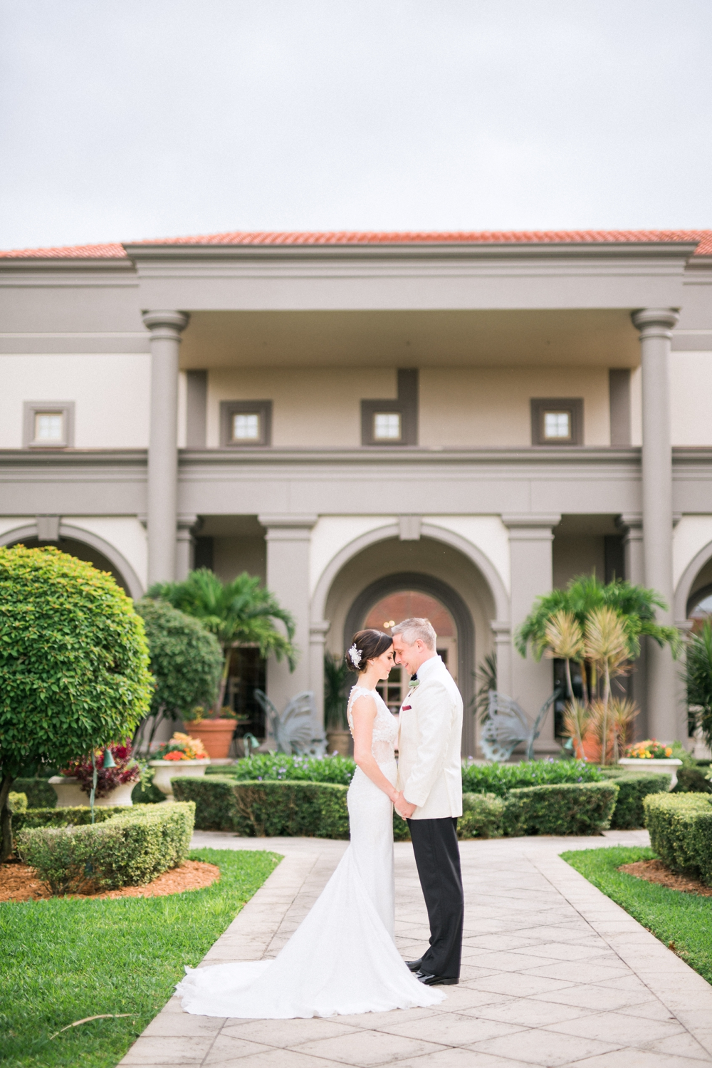 Naples_Wedding_Photograper_ Intimate_Wedding_0906.jpg
