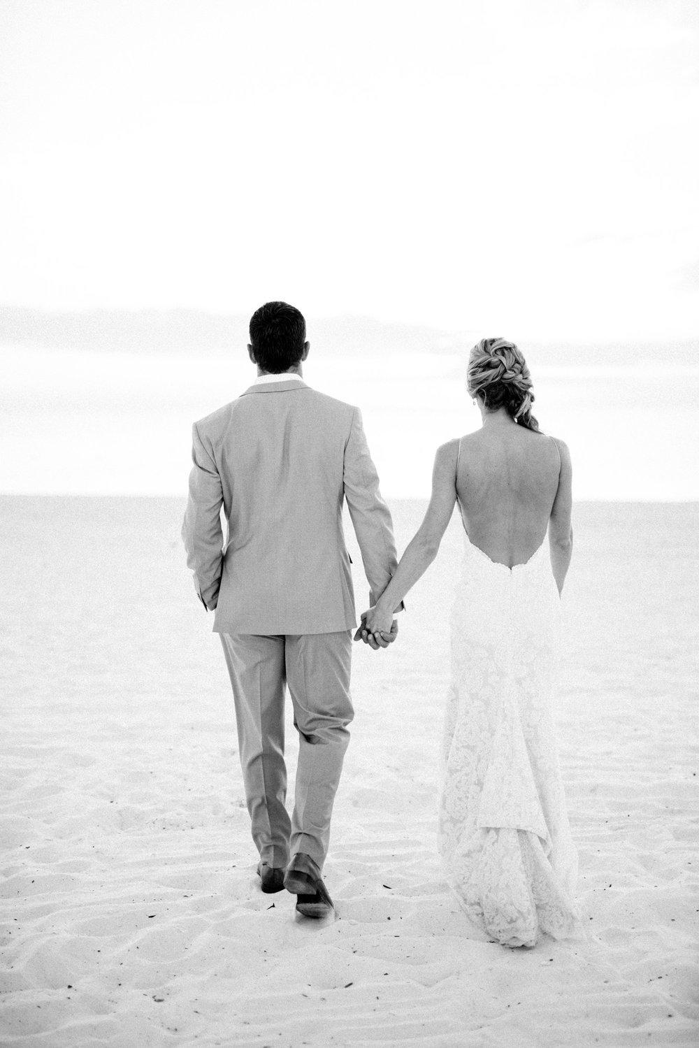 marco-beach-ocean-resort-naples-florida-wedding-photographer-hunter-ryan-photo-06072.jpg