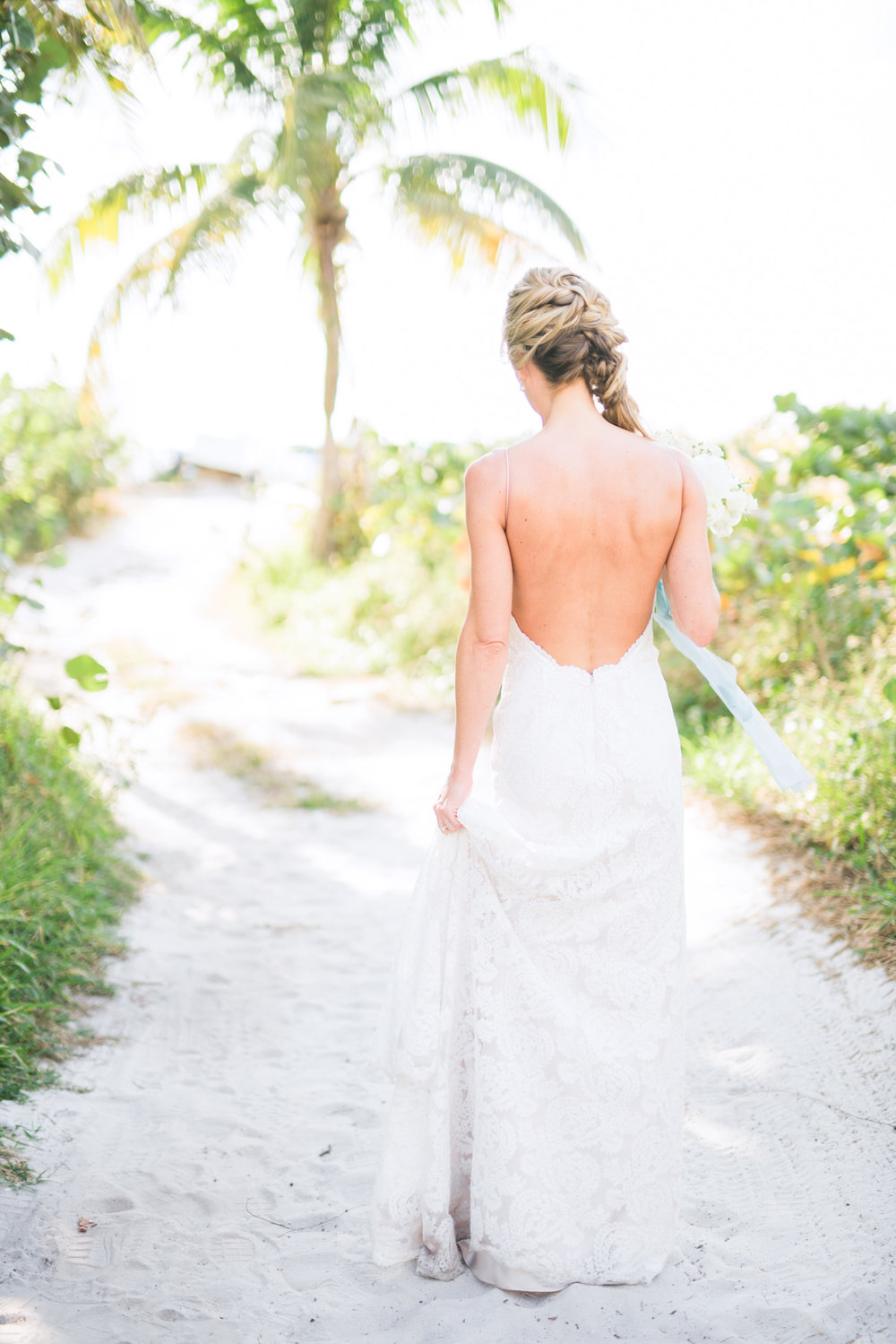marco-beach-ocean-resort-naples-florida-wedding-photographer-hunter-ryan-photo-05021.jpg