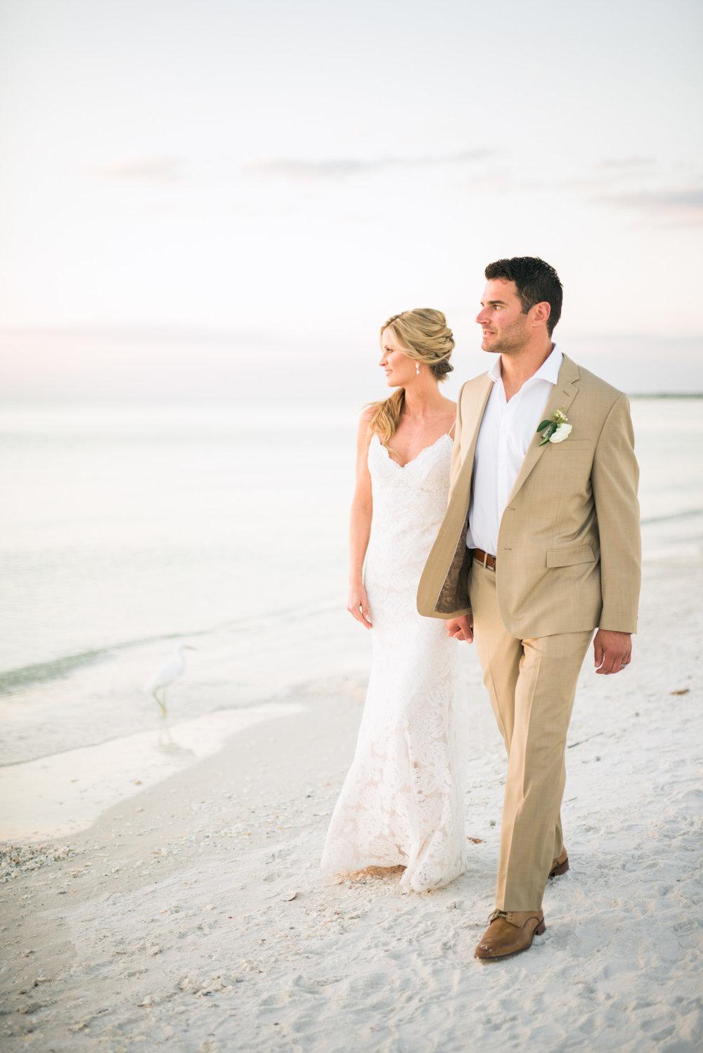 marco-beach-ocean-resort-naples-florida-wedding-photographer-hunter-ryan-photo-06108.jpg
