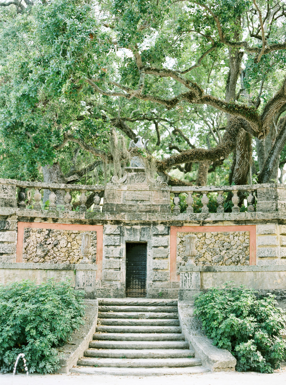 vizcaya-miami-destination-film-wedding-photographer-4427_11.jpg