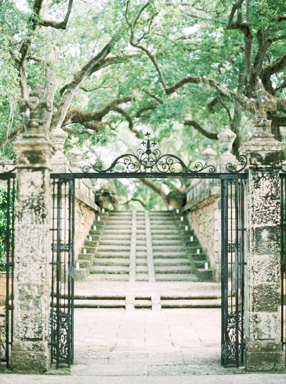 vizcaya-miami-destination-film-wedding-photographer-4427_14.jpg