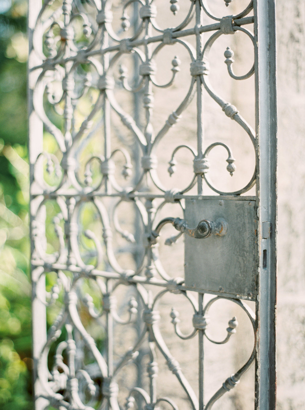 vizcaya-miami-destination-film-wedding-photographer-4437_02.jpg