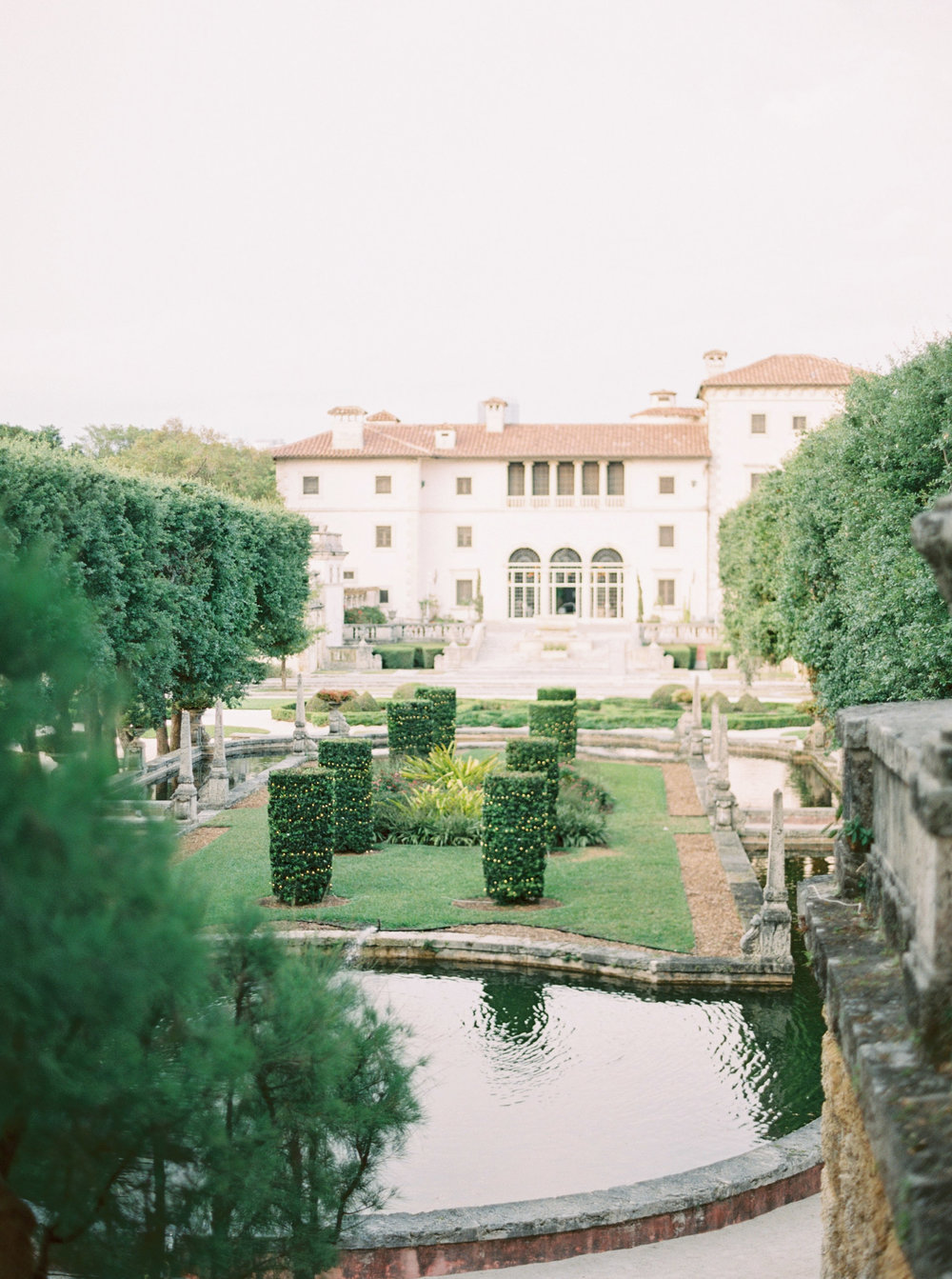 vizcaya-miami-destination-film-wedding-photographer-4442_02.jpg