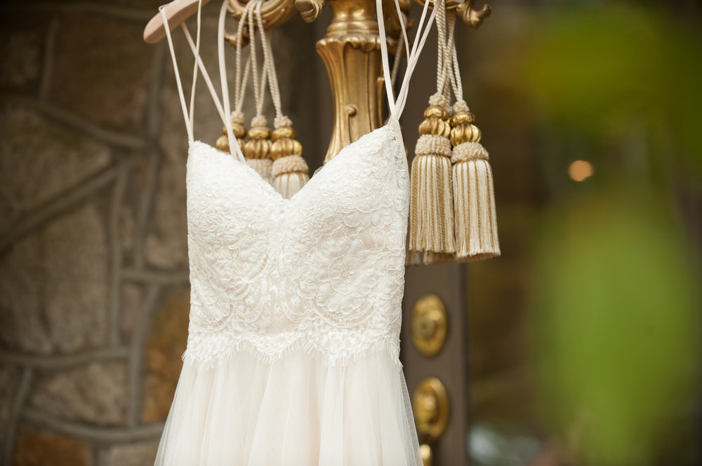 Wedding dress details - wedding photographer
