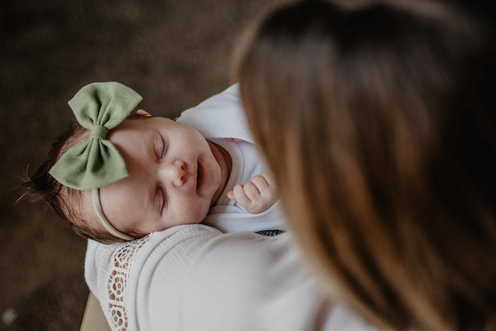 In home newborn photographer phoenix, arizona