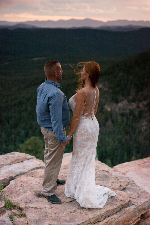 Elopement Photographer - Arizona Adventure Elopement Photographer