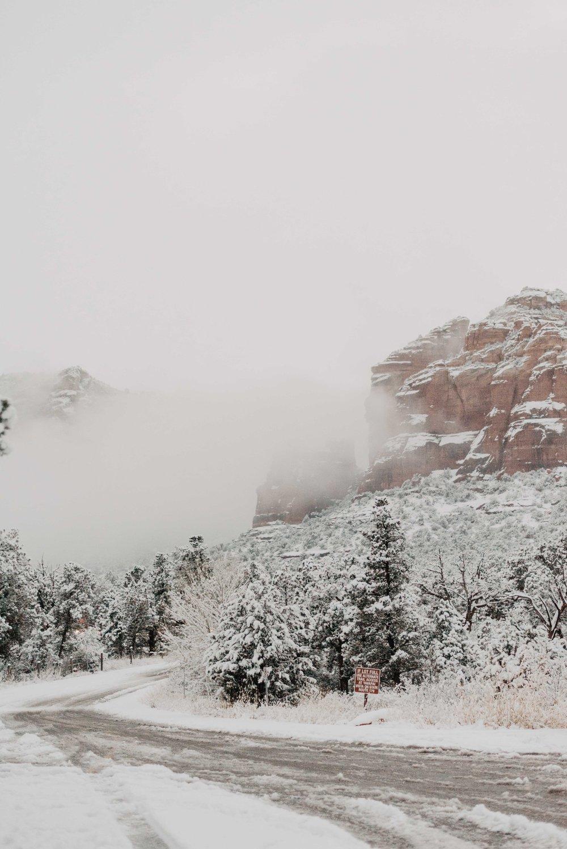 Snow in Sedona Arizona - sedona elopement packages - sedona elopement photographer