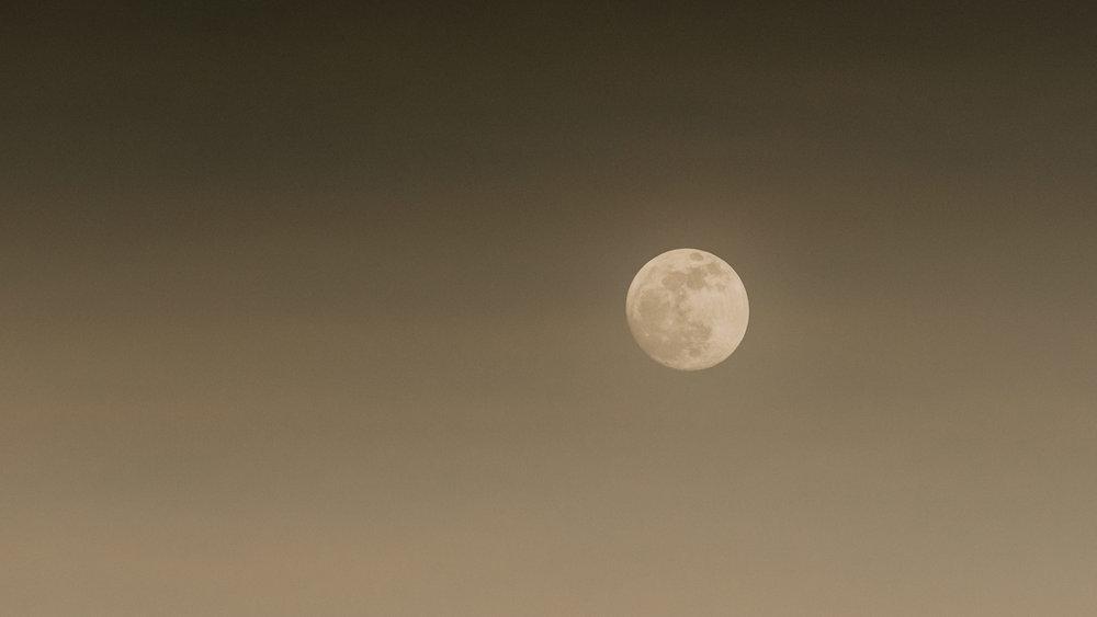 full moon in sedona - nikon night photography