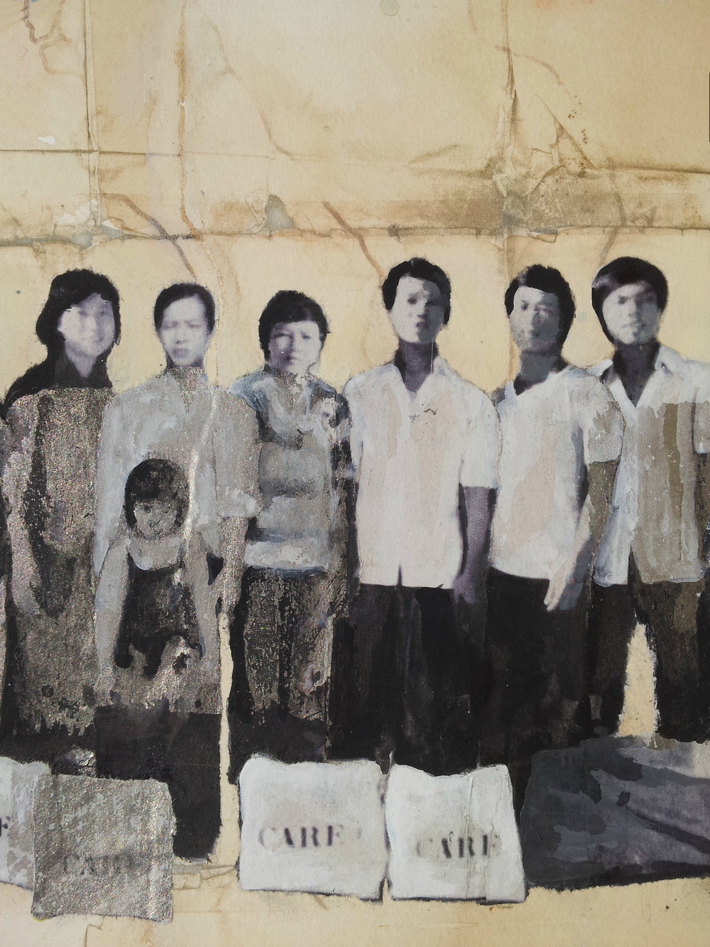 Tràn Vân Dũng (second from the right) and some of those who were on his boat