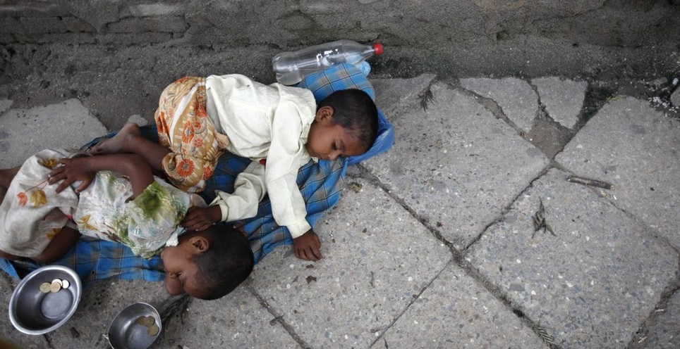 Homeless Nepalese children (Photo: Navesh Chitrakar/Reuters)