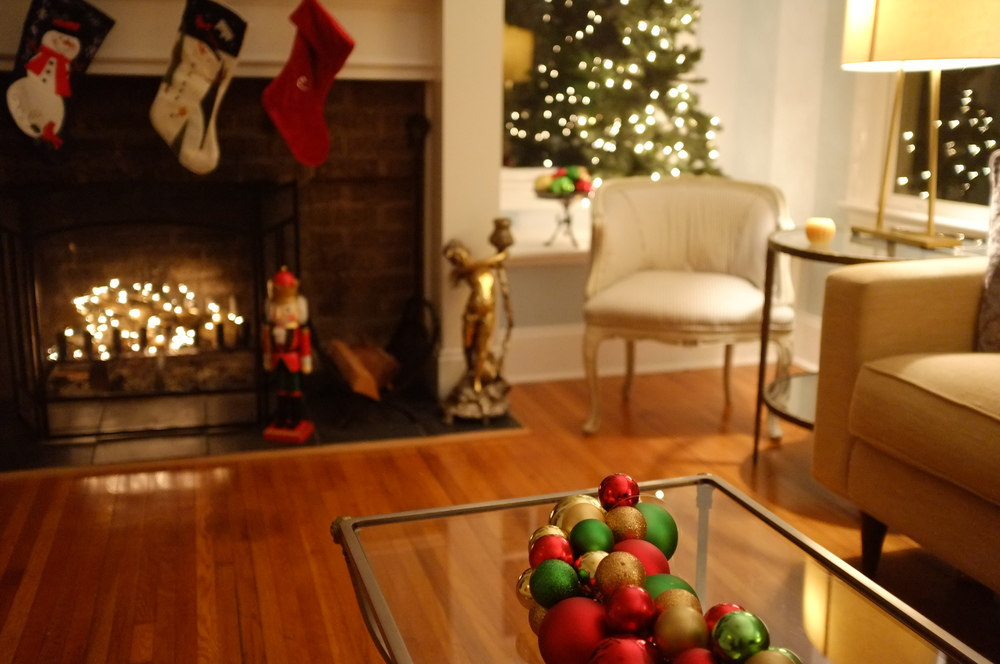 "Here's our living room - the set for ""Midnight Catburglars on Christmas Eve (Scene 14)"""