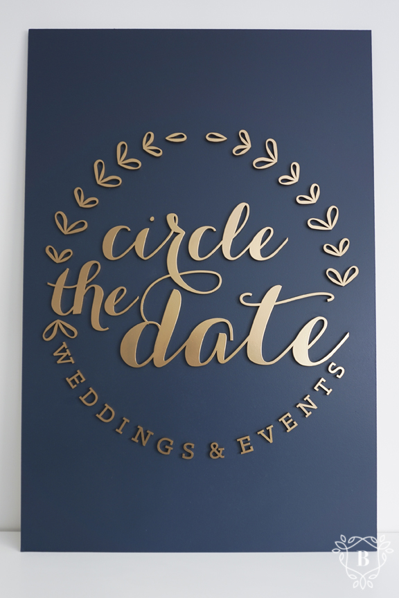 Circle the Date Sign