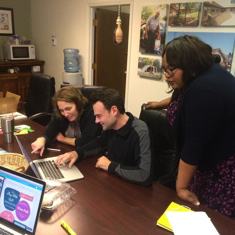 RETREET STAFF FINALIZING PLANS IN THE NACOK OFFICE