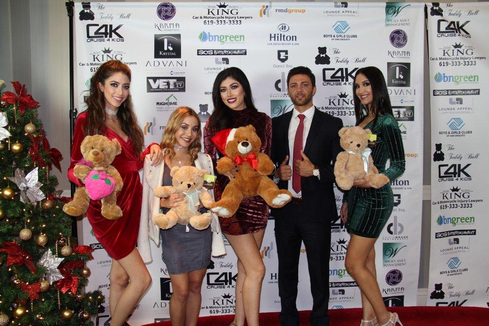 Nikolaii_Bokolichvili_2016_Teddy_Ball205.jpg