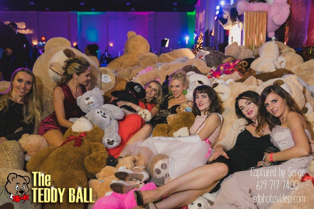 Teddy-Ball-2017-SD-Photo-Video-245.jpg