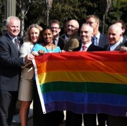 rainbow flag 01.jpg