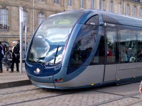 Bordeaux Streetcar 02.jpg