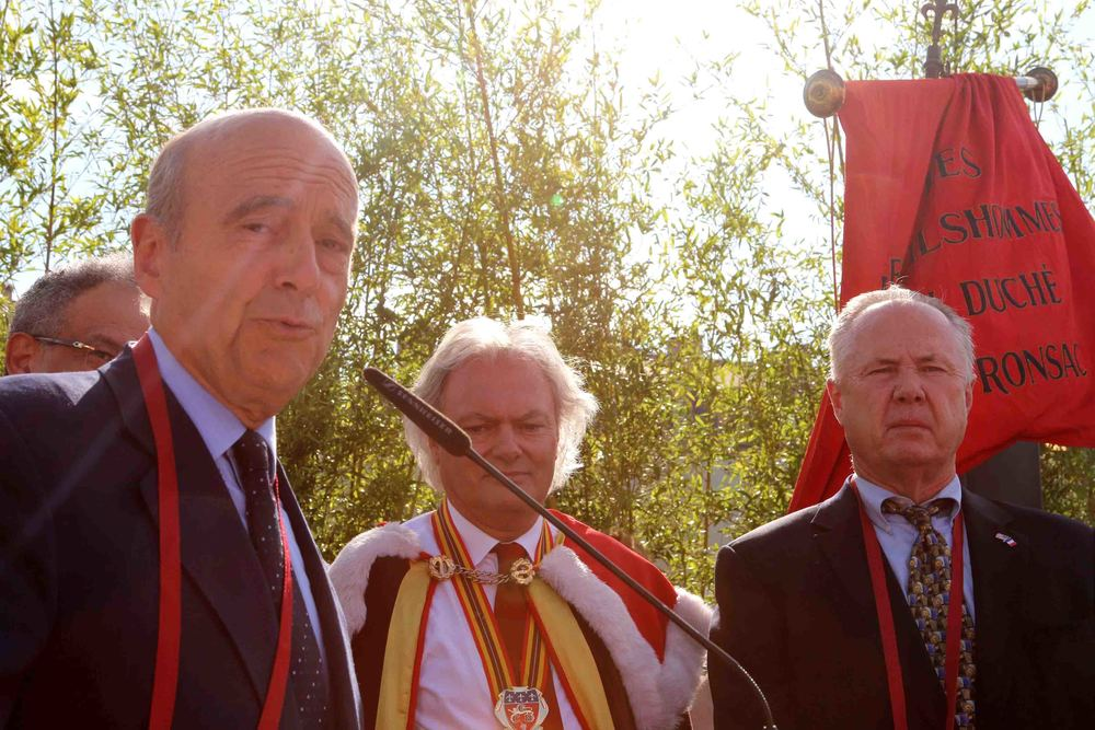 Mayor Alain Juppé and Councilmember Tom LaBonge