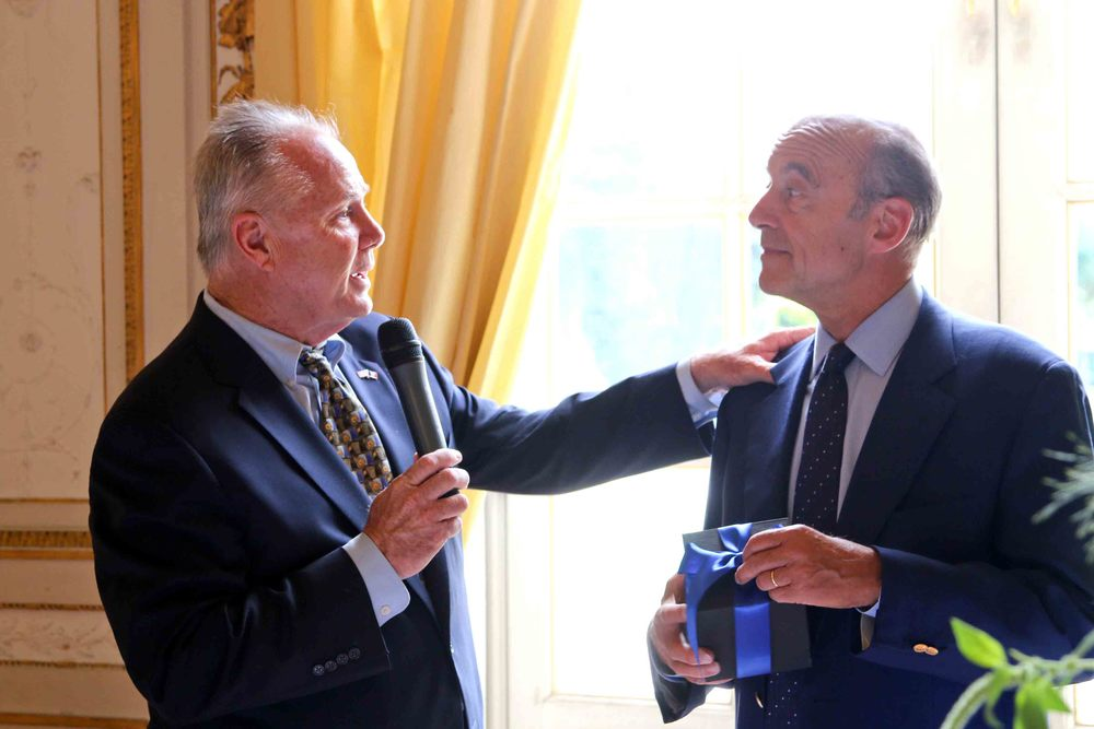 Councilmember Tom LaBonge and Mayor Alain Juppé